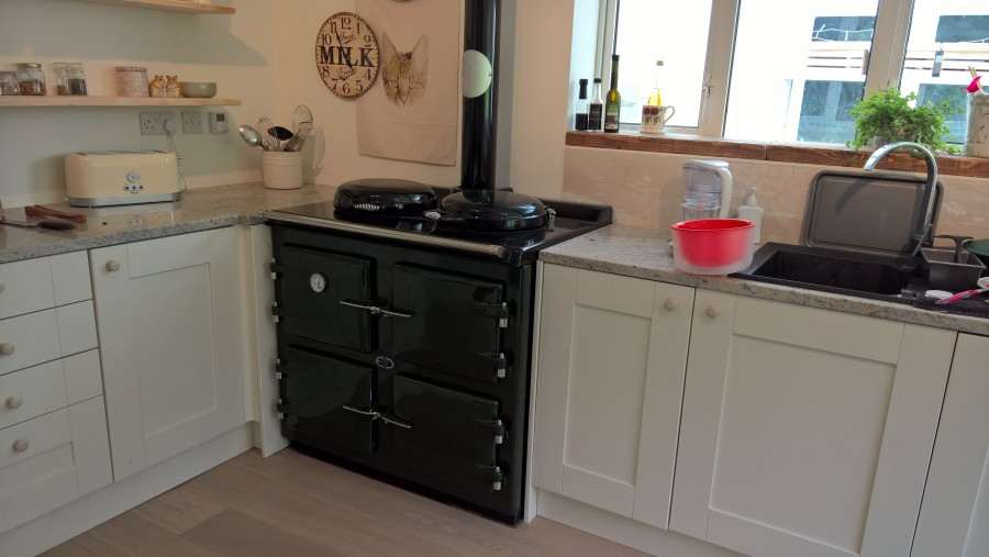 3 Oven AGA oil cooker British Racing Green