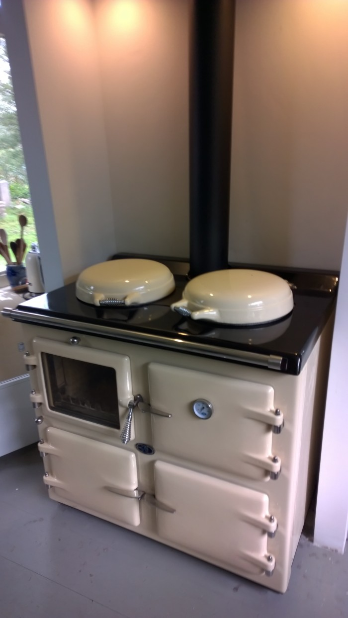 AGA cream 3 oven wood, in Dutch farm house